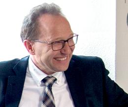 Studiendirektor i. Pr. Joachim Veigel
